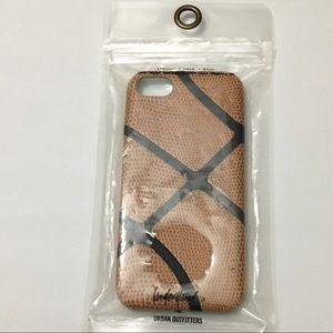 Understated iPhone 7 Case